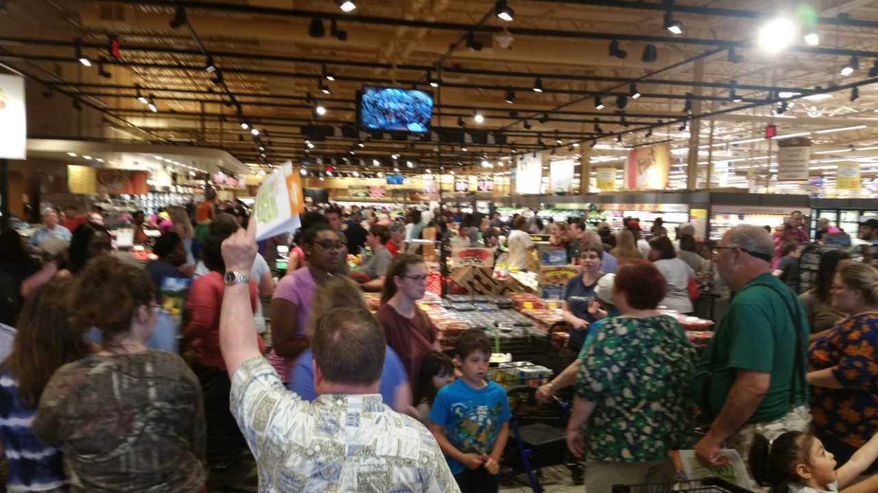 Wegmans grocery store opens in Virginia Beach