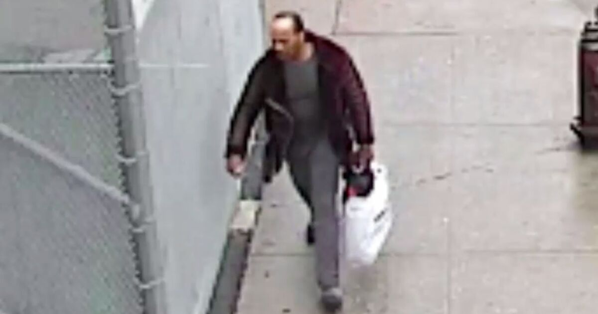 71-year-old man punched, robbed in Harlem: police
