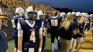 Trey Carr leads Hudsonville to 3-3