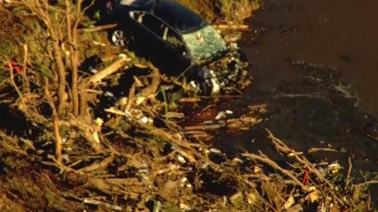 1 dead as tornado tore through southern Oklahoma