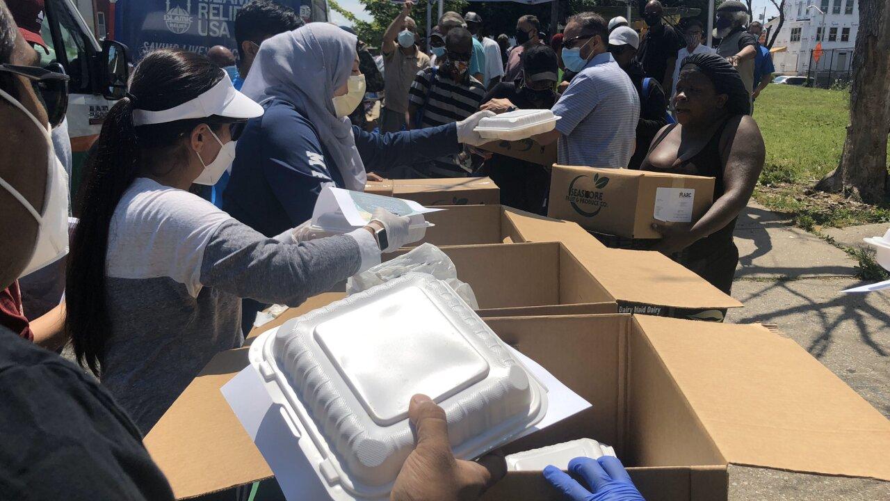 Masjid UL Haqq  Free Food giveaway 2.jfif