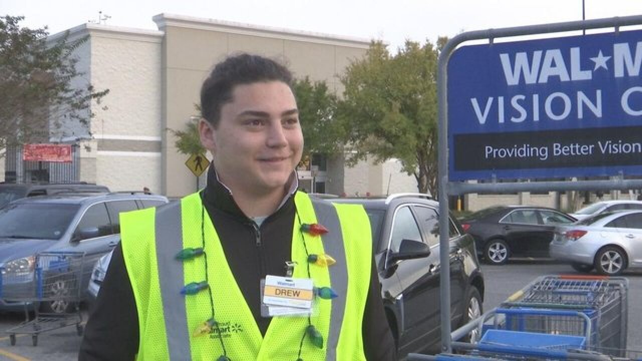 Walmart employee praised for returning lost Louis Vuitton purse