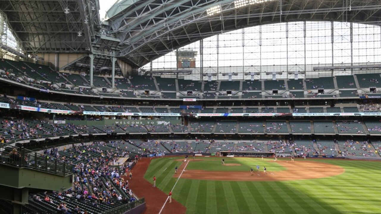 Best fan photos from 'Star Wars Night' at Miller Park