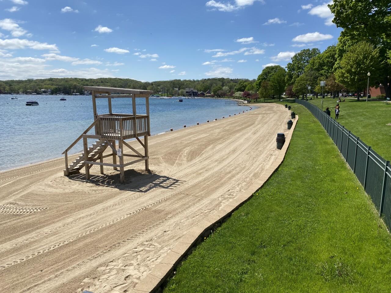 Lake Geneva beach covid19 2.JPG