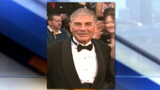 Oscar nominated actor Robert Forster has died after a battle with brain cancer.