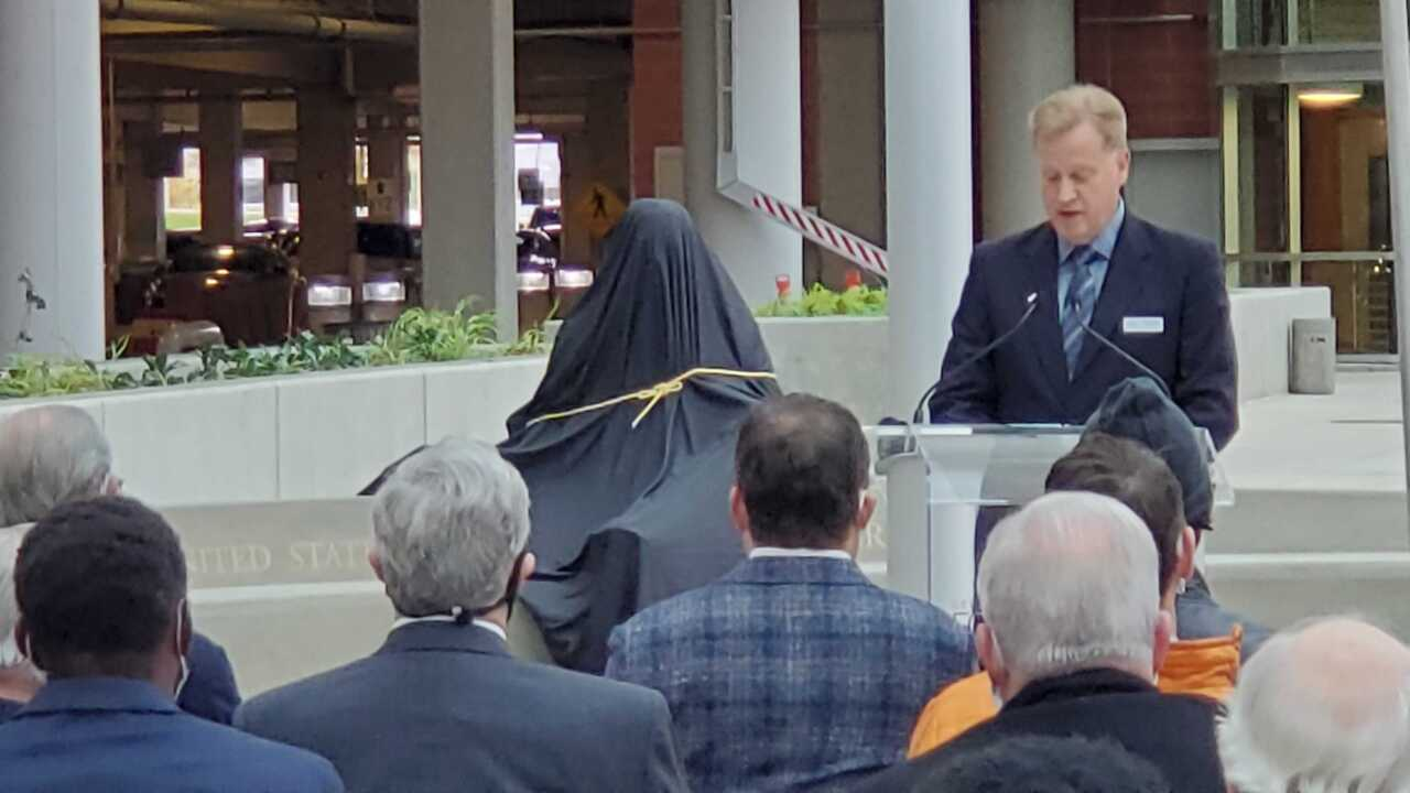 Gerald R. Ford statue unveiling at GFIA