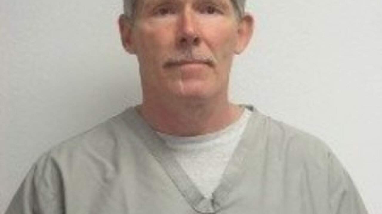 Inmate who walked away from Oklahoma prison apprehended