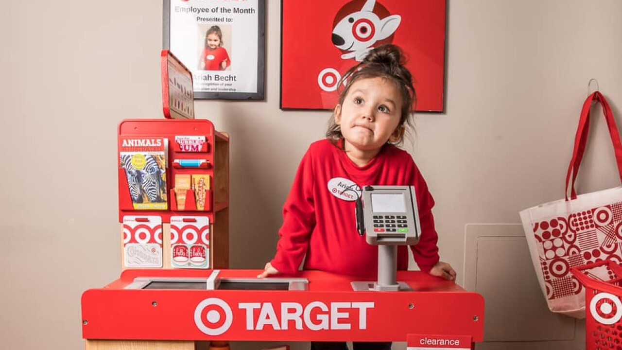 Milwaukee Mom Builds A Target Starbucks Themed Playroom For Her Daughter And It S Adorable