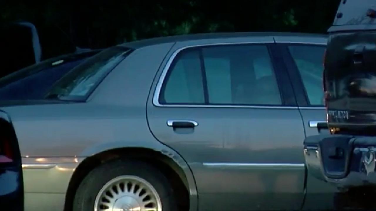 Girl, 2, dies in vehicle at Dry Ridge home