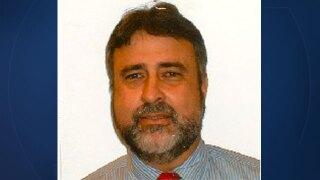 Dr. Roman Peña