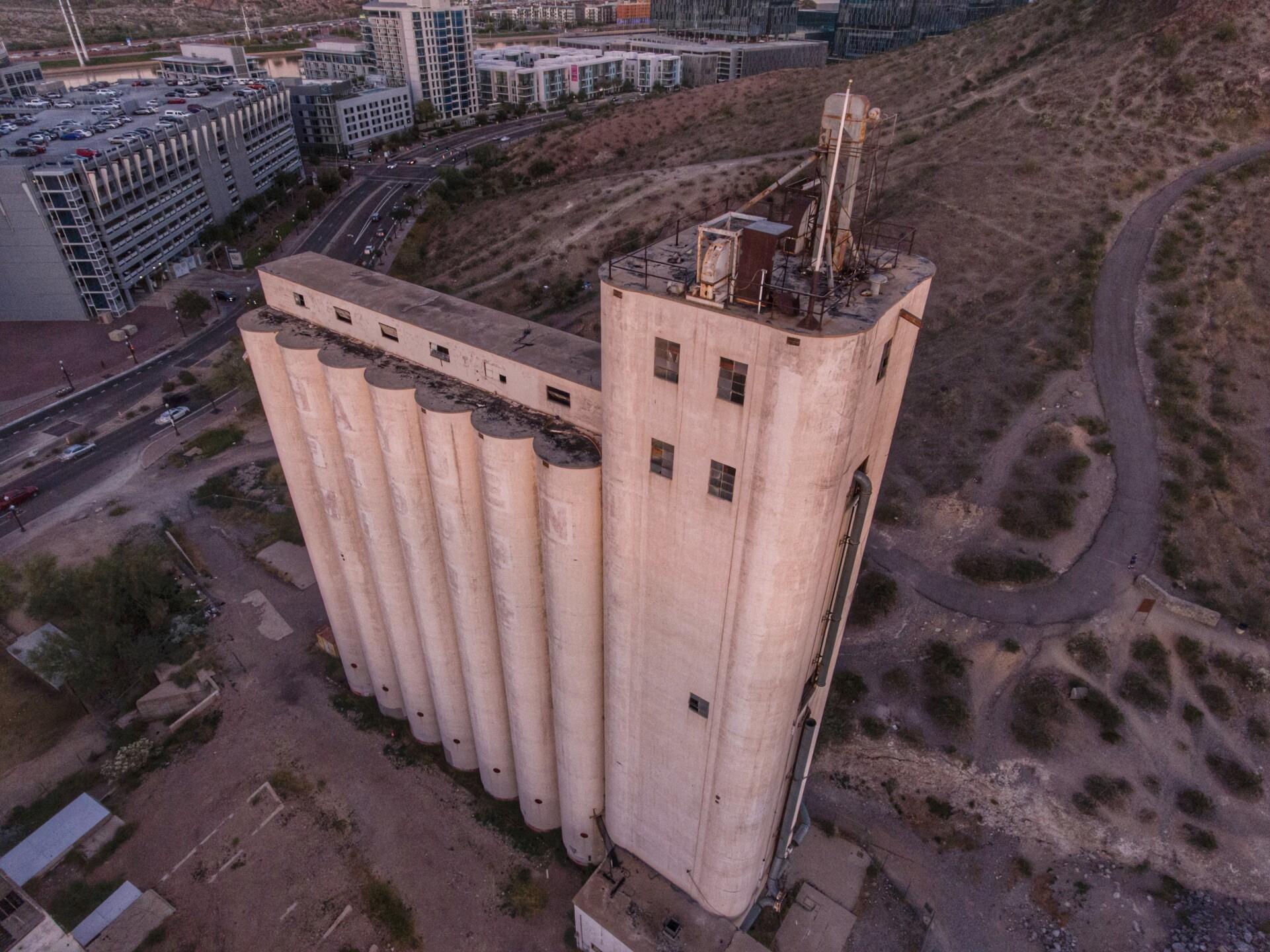 Joe Grana aerial Tempe Instagrammy winner.jpg