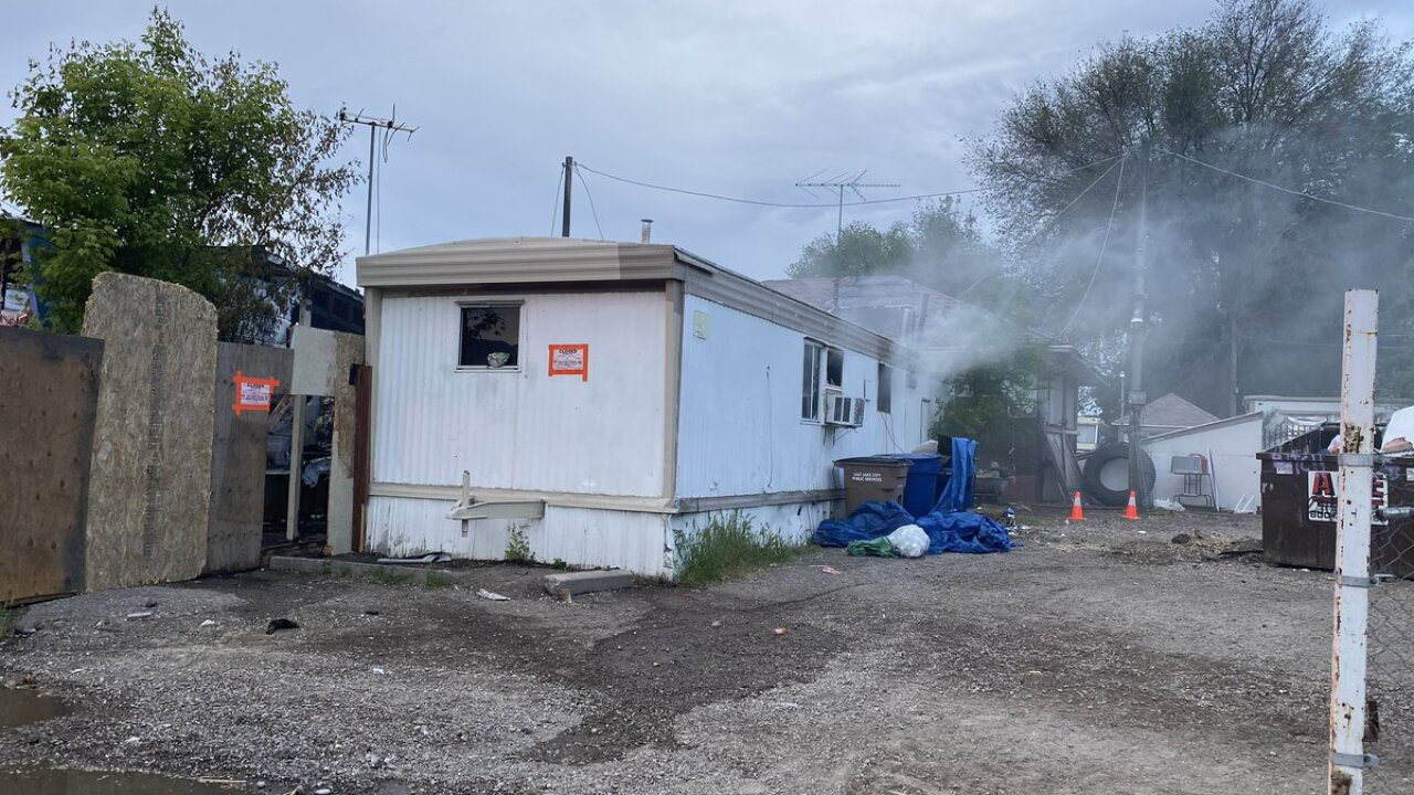 Fire burns three mobile homes on Major Street