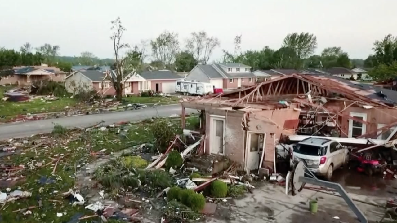 Tornado, flooding damage in Midwest