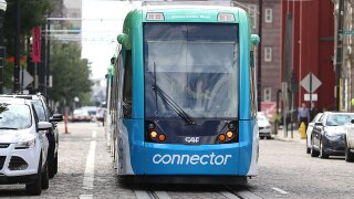 Councilman calls for new streetcar manager, nonprofit organization