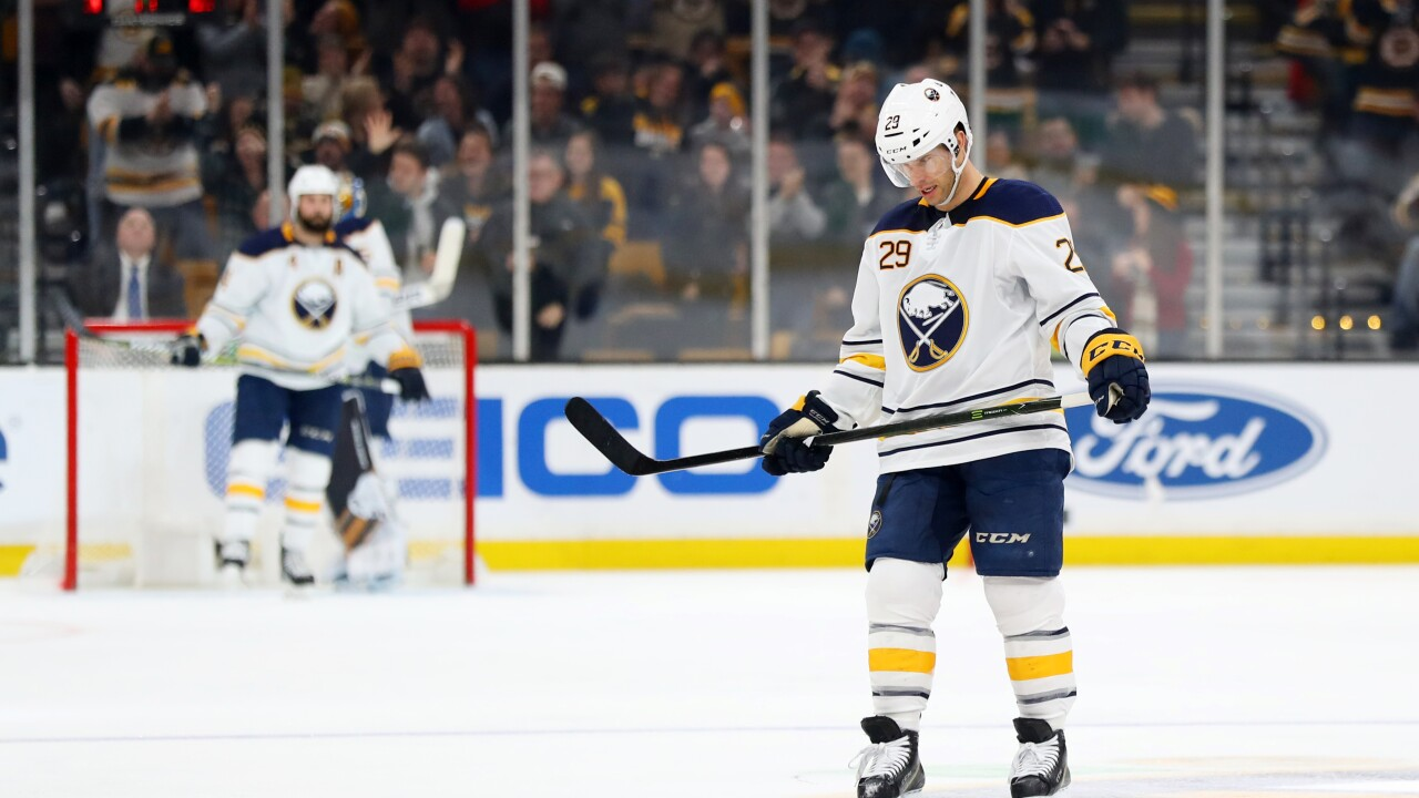 Jason Pominville scores in Sabres loss
