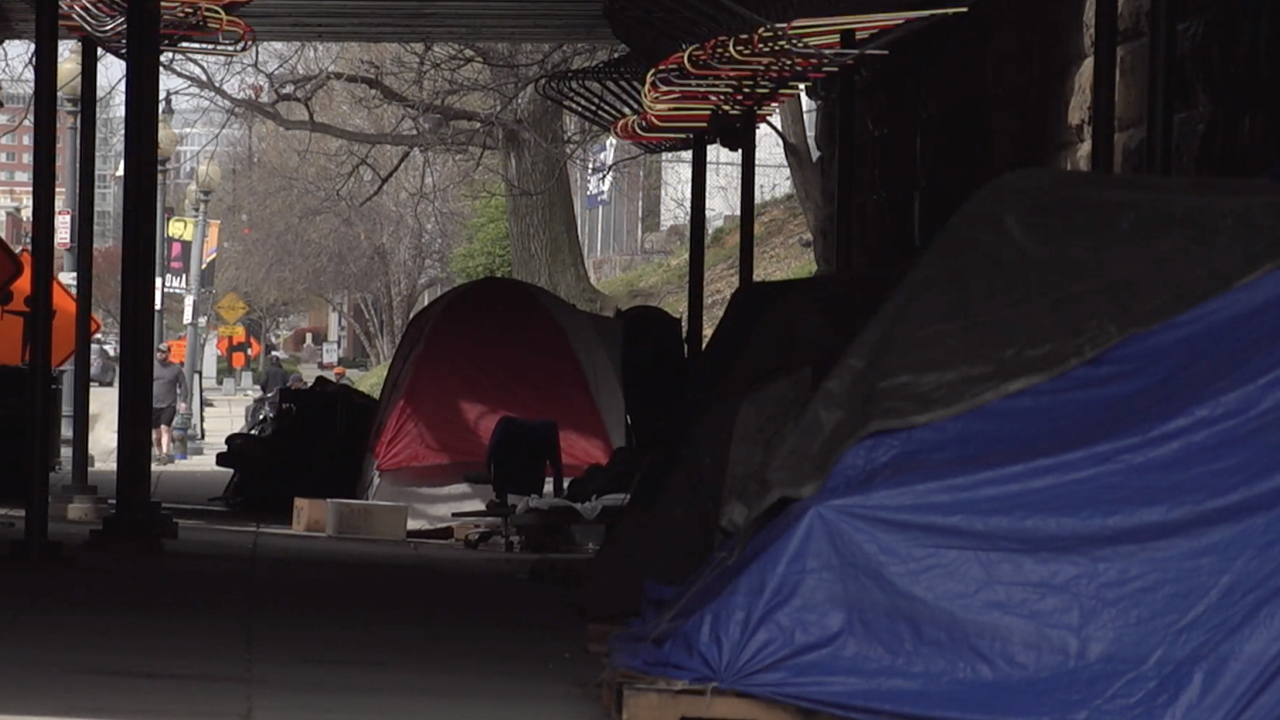Homeless shelters brace for winter amid COVID-19 pandemic