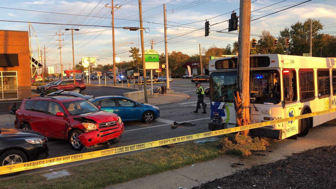 Metro deputy crash.jpg