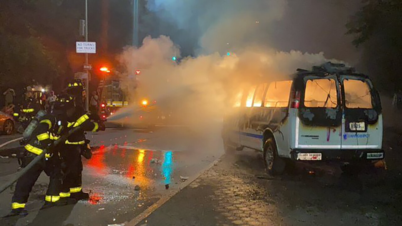2 upstate NY women face federal charges for throwing molotov cocktail at police van: officials