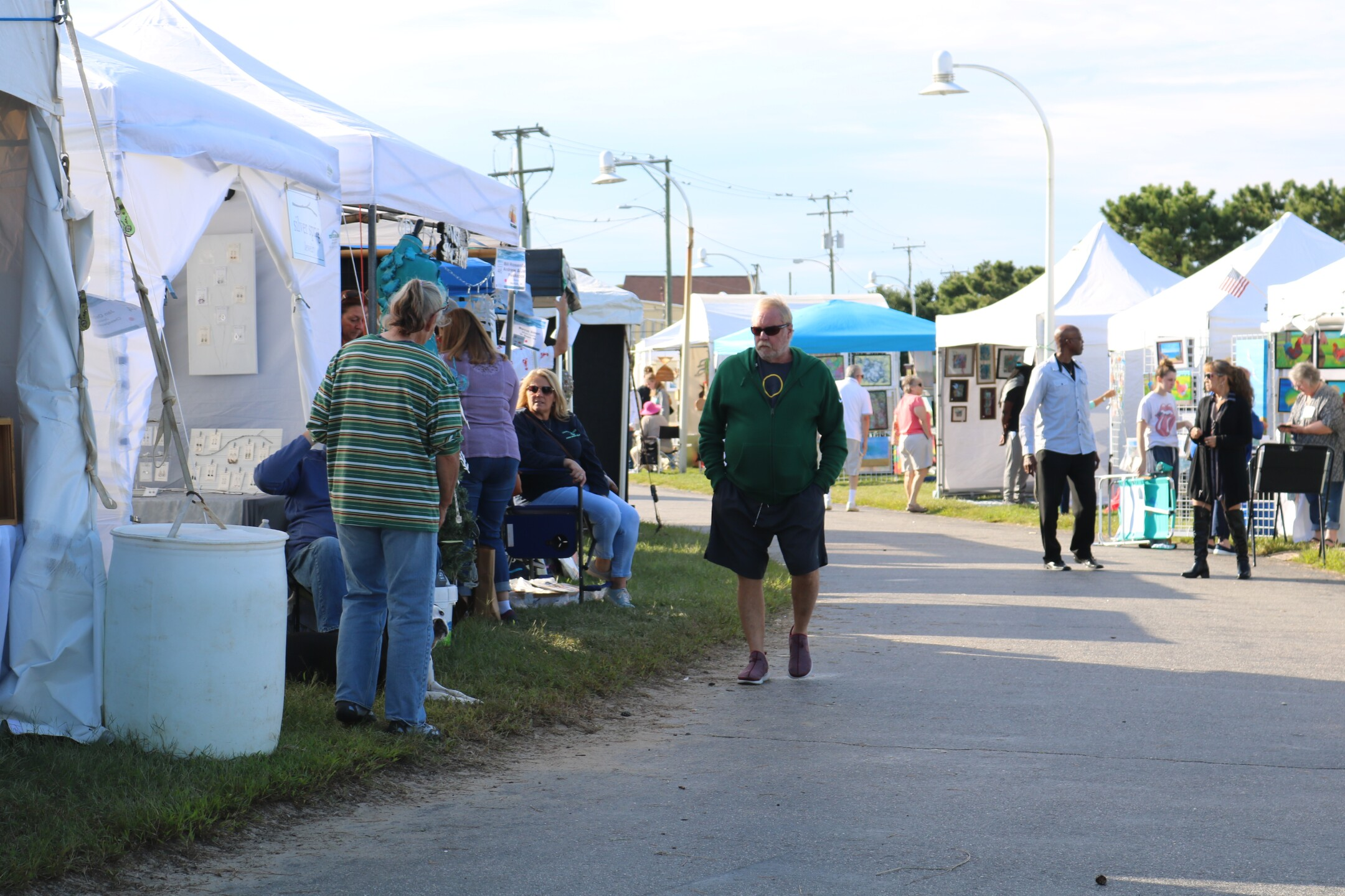 Photos: Beautiful weather welcomes local nonprofit's 56th Annual Art Show