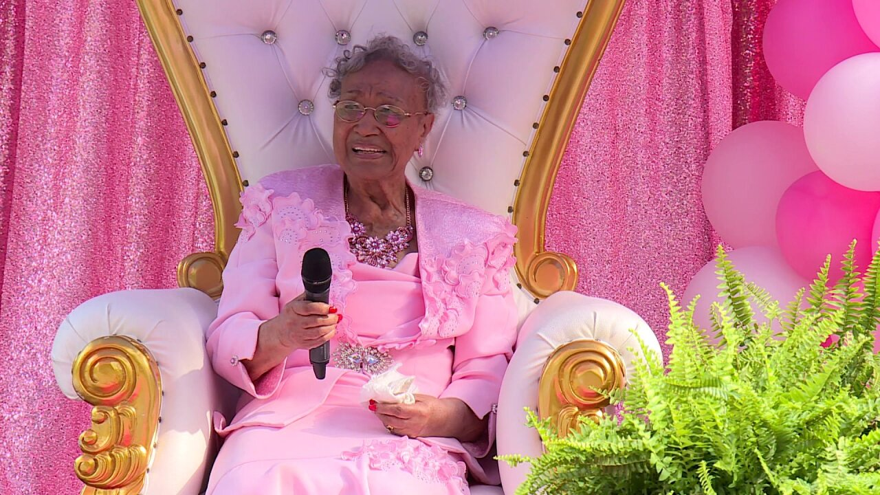 Drive-by parade held to celebrate woman turning 100: 'The Lord is good, honey'