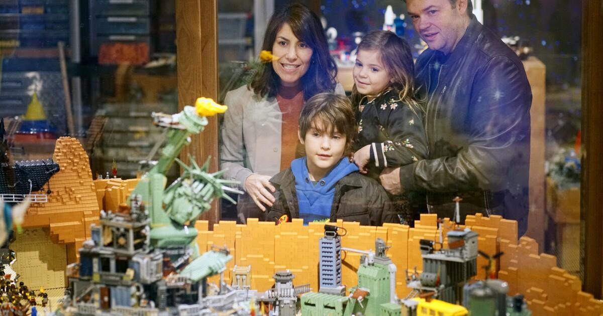 500,000 bricks recreate 'LEGO Movie' sets at Legoland
