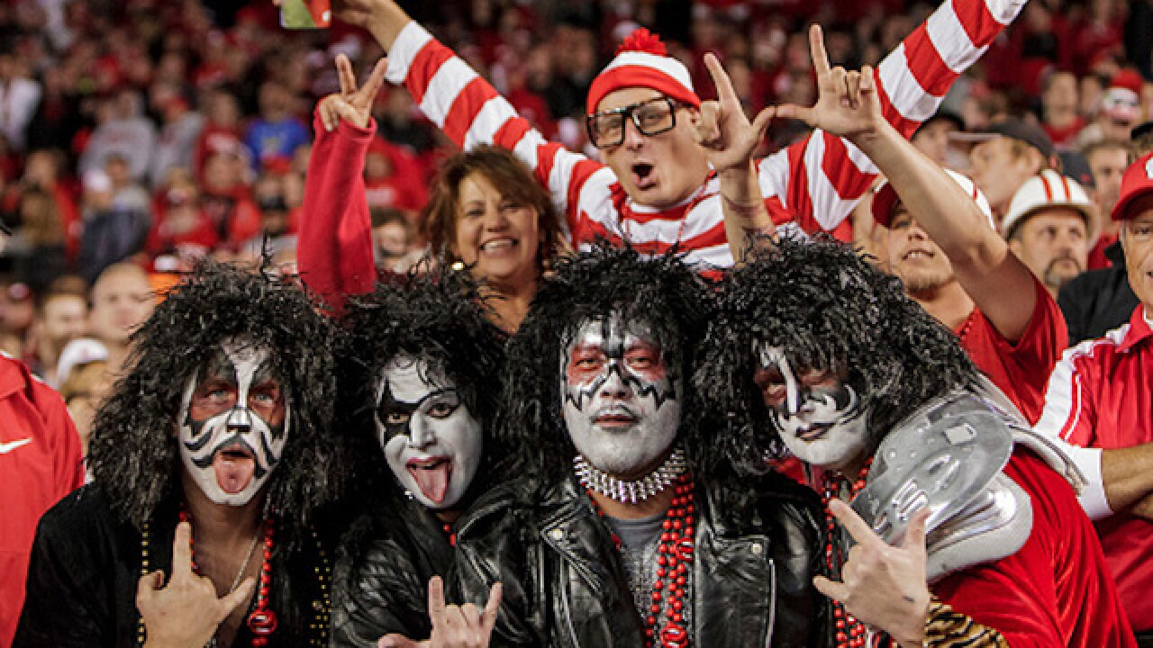 Costume at college football game sparks outrage, statement from university