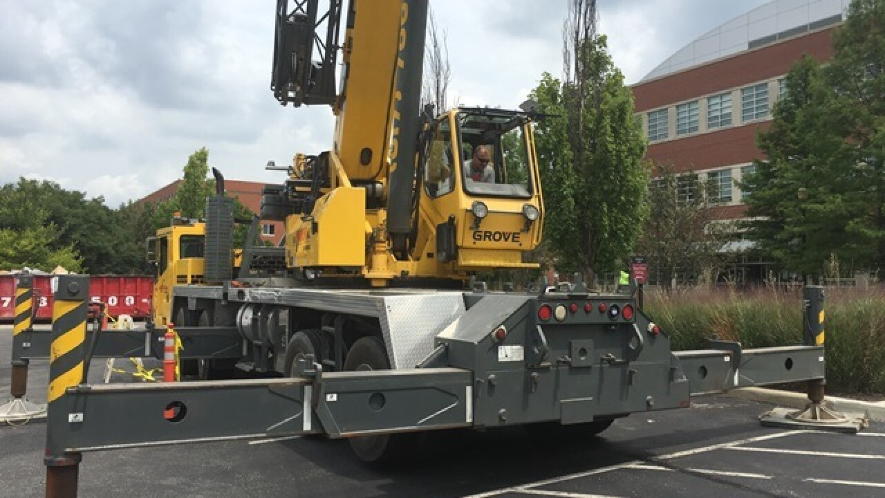 Wow! 7,000 lb. sculpture installed at UIndy