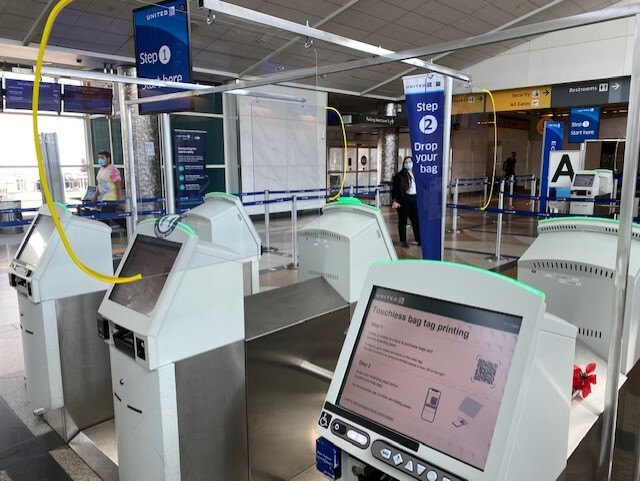United touchless check-in kiosk