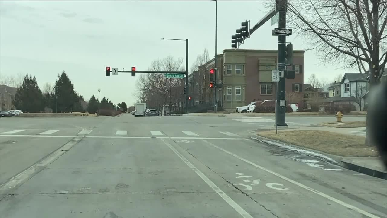 What's Driving You Crazy: Can the far right lane on E. 29th Ave. at Central Park be used as a turn lane?