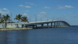 Report of suspicious person shuts down bridge