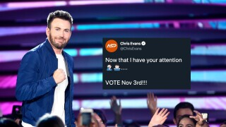 Actor Chris Evans using nude photo accident to get out the vote for November election