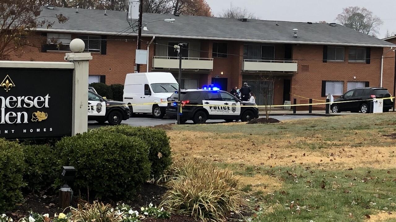 Man shot in the head at Richmond apartmentcomplex