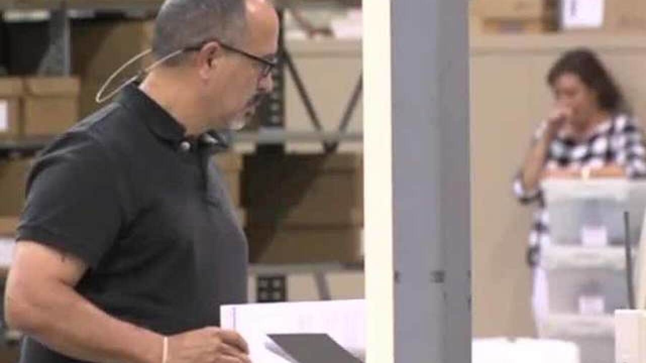 Palm Beach County expected to begin manual recount today