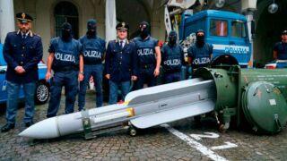 Italian Authorities Seize military weapons