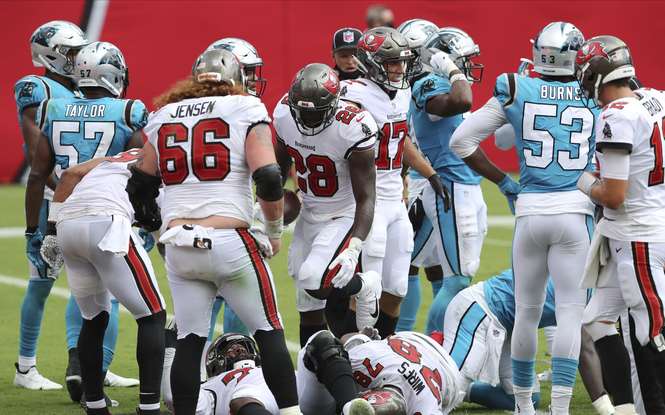 ap-images-buccaneers-panthers-game-sept-20-2020-4