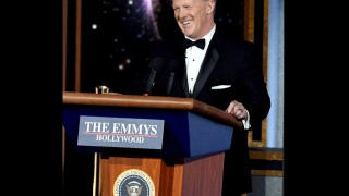 Ex-White House Press Secretary Sean Spicer makes surprise cameo at Emmys