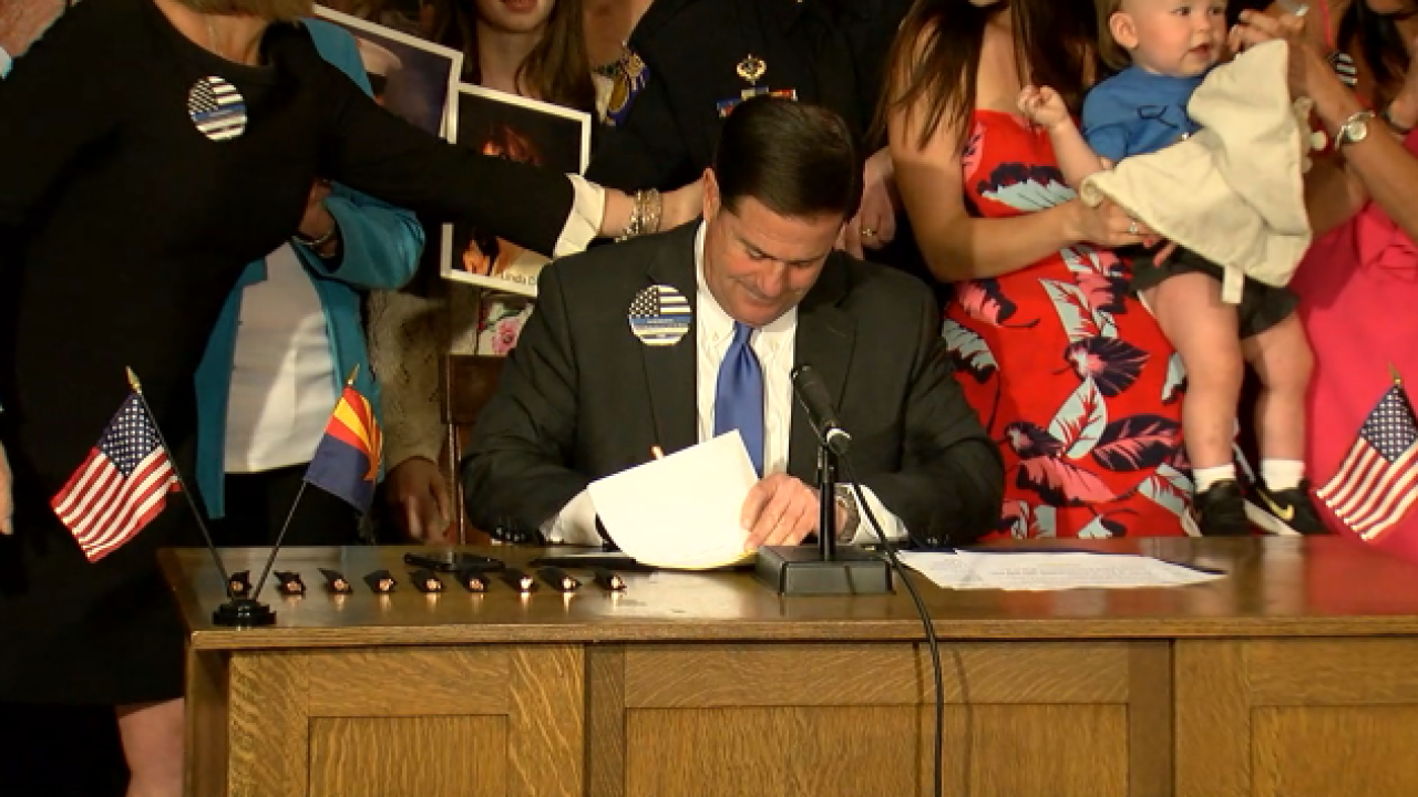 Ducey Distracted driving bill