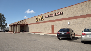 Popular Mira Mesa bowling alley gets new owners, to stay open