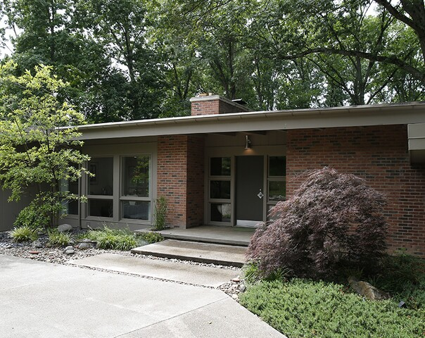 Home Tour: Amberley Village midcentury gets a facelift