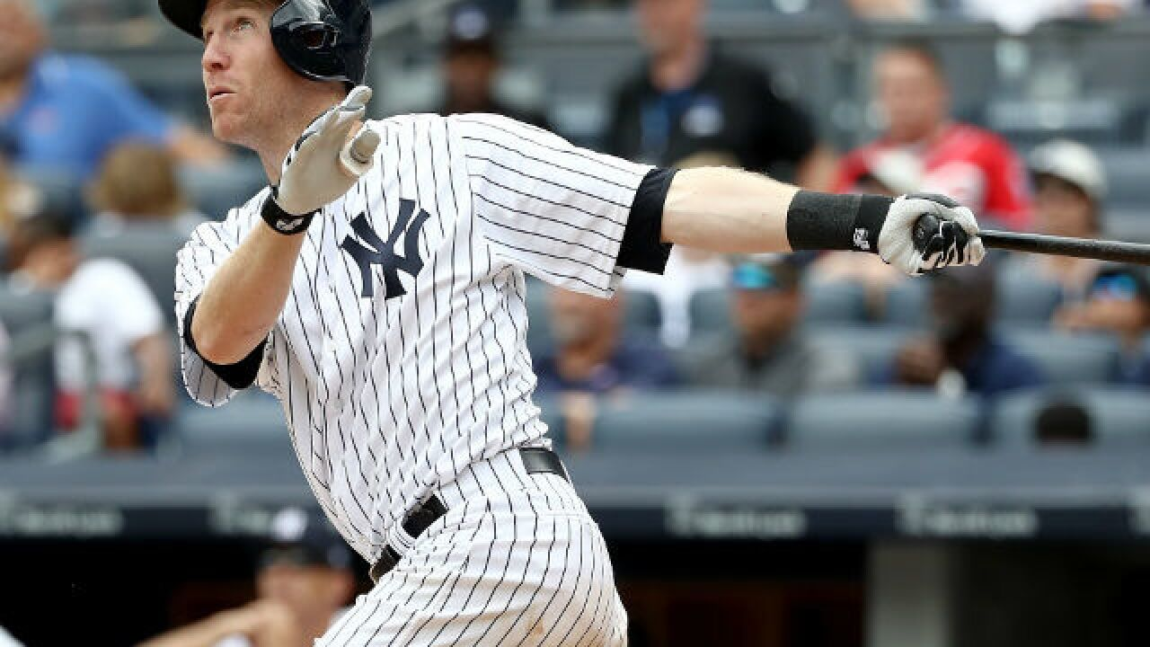 Todd Frazier hits first Yankee homer in 9-5 win over Reds