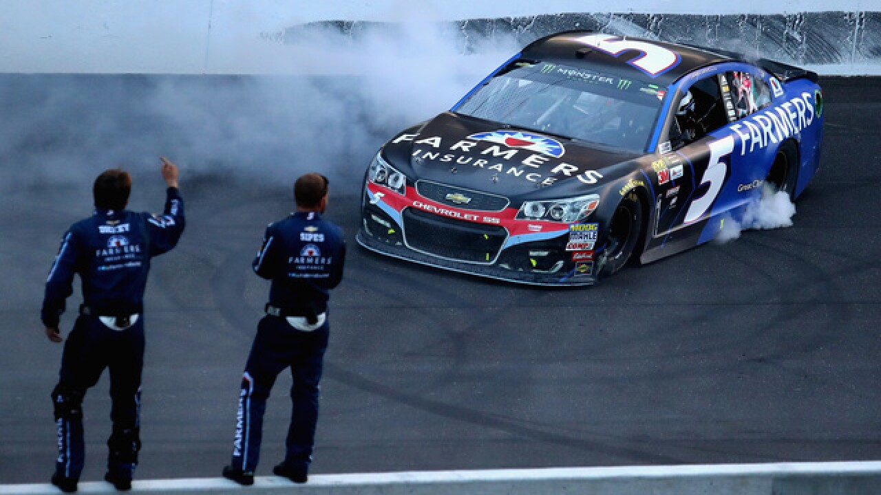 Kasey Kahne ends victory drought at marathon Brickyard 400