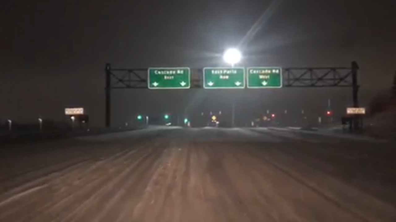 Low visibility and snow conditions on I-96