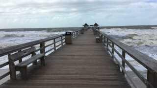 Naples pier closed 12-21-18 2.jpg