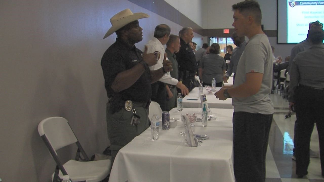 Killeen police hold community outreach forum