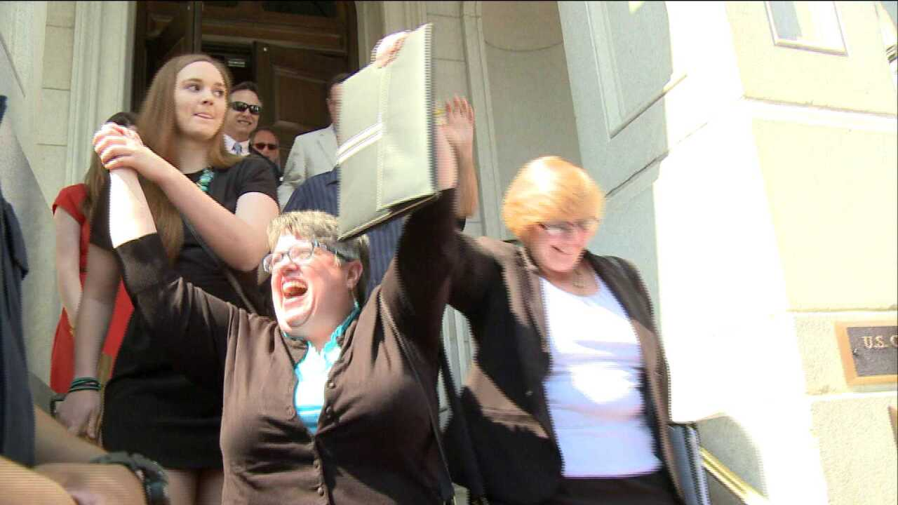 Same-sex marriage can begin at 1 p.m. inVirginia