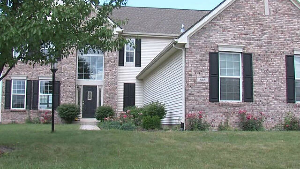 Mold forces family out of Hendricks County house