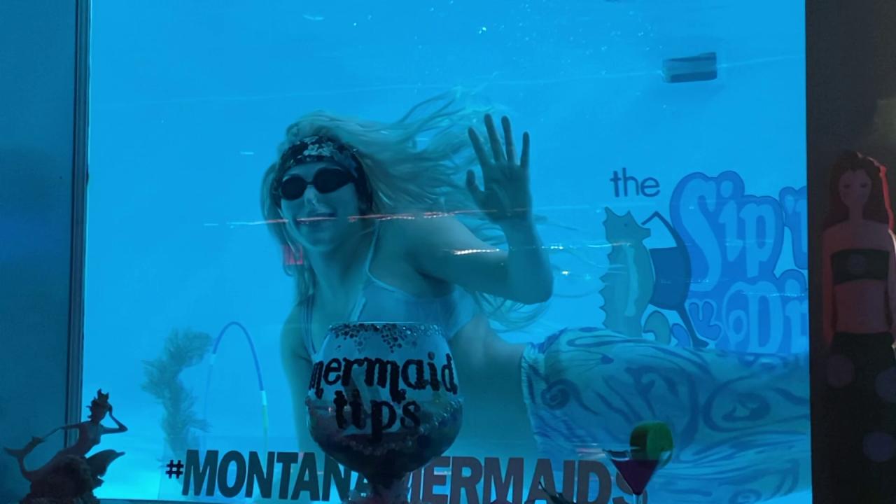 Mermaid at the Sip 'N Dip in Great Falls