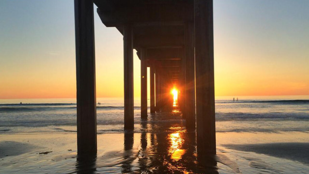'Scrippshenge' sunset to line up perfectly with Scripps Pier this week