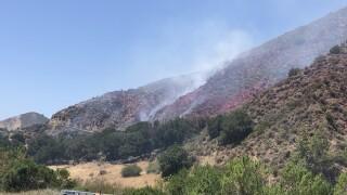 highway 166 fire 51021.jpg