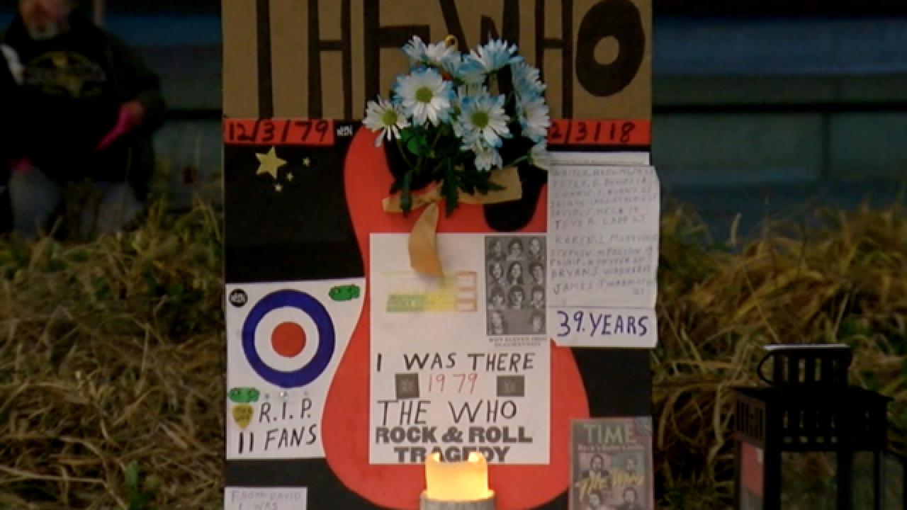 Survivors hold vigil for 1979 concert tragedy